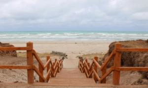 Middleton Beach. Copyright Tania Cavaiuolo, See Marketing & Communications.